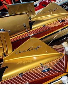 Classic Wooden Boats, Chris Craft, Wood Boats, Speed Boats, Small Boats, Vintage Wood, Kayaking, Sailing, Bike