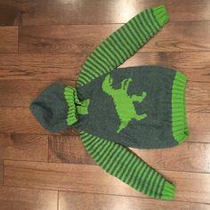 Dinosaur Hoodie - Velociraptor Knitting pattern by iKnitDesigns Knitting Charts, Knitting Yarn, Baby Knitting, Knitting Patterns, Sewing Patterns, Crochet Patterns, Patons Wool, Dinosaur Jumper, Pom Pom Maker