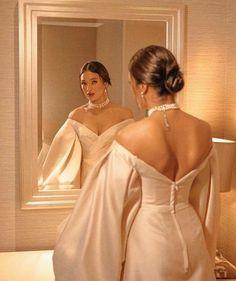 Madamme Taffeta Dress – ameliebaku Used fabric- Taffeta Off-shoulder neckline Sheath skirt Peasant sleeves Concealed zipper on the back Classy Aesthetic, Aesthetic Clothes, Pretty Dresses, Beautiful Dresses, Elegant Dresses Classy, Classy Gowns, Classy Dress, Gala Dresses, Wedding Dresses