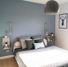 28 Ideas For Bedroom Colors Orange Gray Bedroom Wall Colors, Bedroom Color Schemes, Home Decor Bedroom, Bedroom Ideas, Gray Bedroom, New Room, Virée Shopping, Organic Gardening, Bedside Tables
