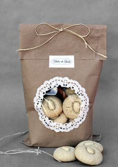 Love this! Homemade cookie packaging :)
