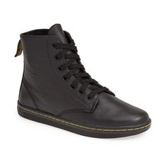 Dr. Martens 'Leyton' Boot (290 BRL) ❤ liked on Polyvore featuring shoes, boots, ankle boots, black game on, black bootie, leather upper boots, black shootie and black ankle boots