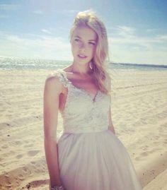 Anna Campbell