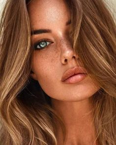 Proof that we can& give up the color of brown hair looks 30 beautiful! - Proof that we can& give up the color of brown hair looks 30 beautiful! Make Up Looks, Brown Hair Looks, Best Acne Products, Auburn Hair, Woman Face, Lady Face, Beauty Photography, Editorial Photography, Pretty Face