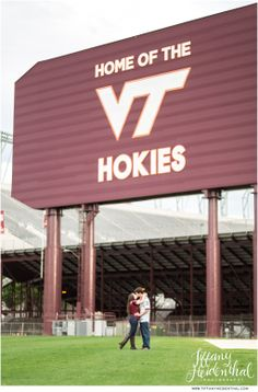 Virginia Tech Engagement Session - Tiffany Heidenthal Photography   #virginiatech #engagement #hokies