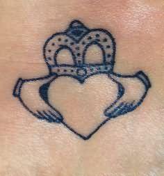 Celtic Knot Claddagh Tattoo Design