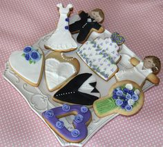 Galletas de boda en violeta