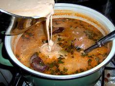 Ciorba de fasole cu ciolan (ardeleneasca) - Adaugam smantana disolvata