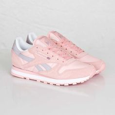 Pink Reebok Classic Leather Seasonal I WANT WANT WANT