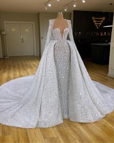 Find the perfect gown with Pageant Planet. Browse all of our beautiful prom and pageant gowns in our dress gallery, which includes Sherri Hill, Jovani, Mac Duggal and more! Pretty Prom Dresses, Stunning Dresses, Dream Wedding Dresses, Wedding Gowns, Wedding Suits, Wedding Flowers, Gala Dresses, Event Dresses, Club Dresses