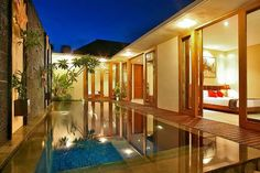Kings Park, Beach Villa, Beautiful Villas, Front Entrances, Home Studio, Cool Pools, Amazing Architecture, Hotels And Resorts, Warm And Cozy