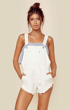 LITTLE HOWDIES OVERALLS White Overalls, Overalls Outfit, Short Overalls, Dungarees, Casual Outfits, Summer Outfits, Cute Outfits, Teen Fashion, Fashion Outfits