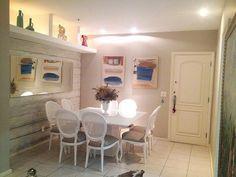 Cadeira Medalhão em laca branca para mesa de jantar