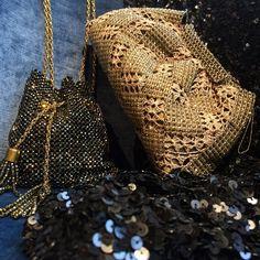 Clutch für Oper, Ball und elegante Abende #fashion #luxus #accessoires Fancy, Clutch, Elegant, Straw Bag, Tote Bag, Instagram Posts, Bags, Fashion, Opera