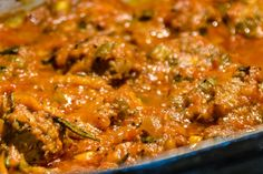 Thomyho zálivka na salát - Spicy Crumbs Spicy, Curry, Ethnic Recipes, Food, Curries, Essen, Meals, Yemek, Eten