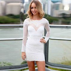 Sexy Backless Round Neck Long Sleeve Lace Dress