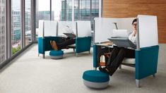 Brody by Steelcase provides a private work space that will help you focus by cutting down on distractions.