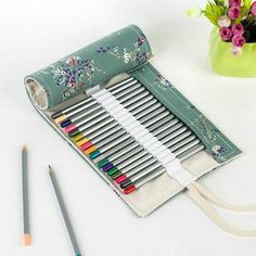 72 Hole Colored Pencil Bag Handmade Canvas Pen Roll Up School supplies Case For Art Student Painting Escolar Estuche Stationery Roll Up Pencil Case, School Pencil Case, Pencil Pouch, Colored Pencil Holder, Pencil Boxes, Colored Pencils, Pencil Case Pattern, Art Studio Organization, Leather Roll