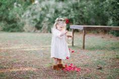 Way too cute: http://www.stylemepretty.com/2015/05/27/organic-bohemian-florida-wedding/ | Photography: Kati Rosado - http://www.katirosadophotography.com/