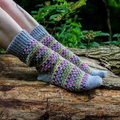 Crochet Socks Pattern, Crochet Yarn, Knitting Yarn, Crochet Hooks, Free Crochet, Crochet Patterns, Crochet Designs, Easy Crochet, Animal Knitting Patterns