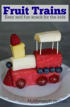 Fruit trains for a kids snack #summer #snacks #train