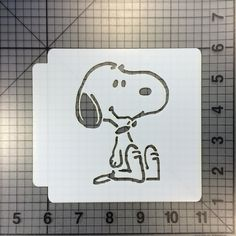 Custom Cookie Cutters, Custom Cookies, Cheer Box, Snoopy Party, Stencils Online, Stencil Material, Peanuts Characters, Easy Cake Decorating, Edible Glitter