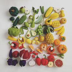Felt Food by Tomomi Maeda : Vegetables, Fruits Felt Diy, Felt Crafts, Diy And Crafts, Sewing For Kids, Diy For Kids, Crafts For Kids, Felt Food Patterns, Felt Fruit, Felt Play Food