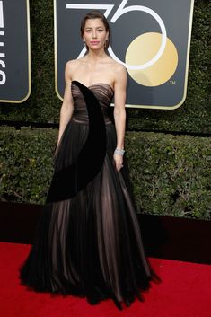 Jessica Biel in Christian Dior Couture - Every Single Look from the 2018 Golden Globe Awards - Photos