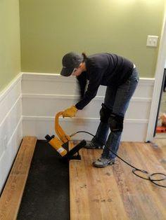 http://www.prettyhandygirl.com/2010/08/installing-antique-heart-pine-flooring.html            how to install antique heart pine wood floors