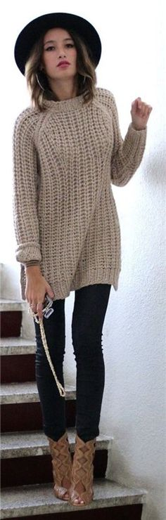 Beige Chunky Knit Sweater # Closet Trends Of Fall Apparel Chunky Knit Knit Sweaters Knit Sweater Beige Knit Sweater Clothing Knit Sweater 2014 Knit Sweater Outfits Knit Sweater How To Style Fall Winter Outfits, Winter Wear, Autumn Winter Fashion, Pull Mohair, Casual Outfits, Cute Outfits, Winter Stil, Mode Style, Sweater Weather