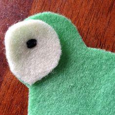 Kakapo felt decoration. #NZ #bird #native #sewing Felt Decorations, Art N Craft, Nativity, Birds, Crafty, Sewing, Toys, Activity Toys, Christmas Nativity