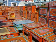 I wonder how much it would to have a piece of furniture shipped back home from Mongolia ?
