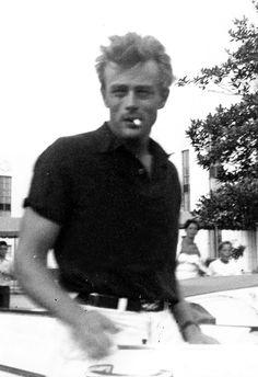 "wehadfacesthen: ""Snapshot of James Dean, 1955 "" Hollywood Actor, Classic Hollywood, Old Hollywood, Hollywood Glamour, Hollywood Stars, Lady Like, James Dean Death, New Look Dior, Elvis Presley"