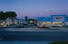 """Kleinstadt-Supermarkt: Der Alltag des """"normalen"""" Amerika interessiert Crewdson."""
