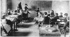 """Psicografias para a minha alma.: Irmão Colaborador: """"A Vida é como uma sala de aula..."""