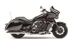 Kawasaki VN1700 Voyager Custom.    http://bladegroupkawasaki.co.uk/kawasaki/new-kawasaki/bikes/cruisers/2014vn1700voyagercustom.htm#.VfVaCPlVhBc