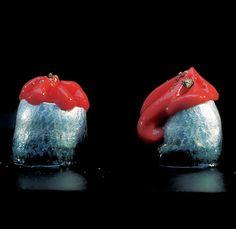 406 |   sardinas marinadas con espuma de frambuesas (El Bulli, 1997, tapa)