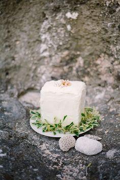 Locally Inspired Tropical Wedding Ideas in Saipan - Bajan Wed : Bajan Wed