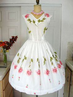 Vintage spring dress with SHEER~ROSES  oh how cute and fresh