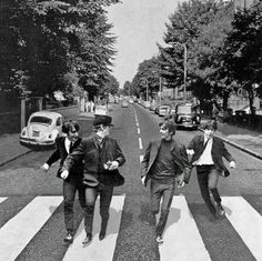 Come Together Right Now At Beatles Abbey Road ~ A Place For Beatles Fans Across The Universe To Talk About The Fab Four & More! Les Beatles, Beatles Art, Beatles Photos, Abbey Road, Ringo Starr, George Harrison, Pop Rock, Rock And Roll, Paul Mccartney