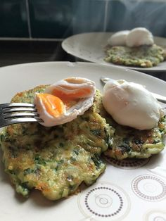 Courgette and Mint Fritters with poached eggs - one of the many ways to overcome a glut of courgettes! And delicious to boot! Summer Squash, Poached Eggs, Scrambled Eggs, Fritters, Brunch, Mint, Tasty, Meals, Cooking