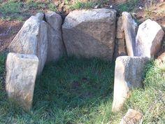 Javier Torres Goberna: Megalitismo gallego. Megalito de Soneira