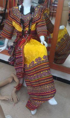 Robe kabyle Oriental Wedding, Kimono Top, Traditional, Couture, My Style, Skirts, How To Wear, Tops, Dresses