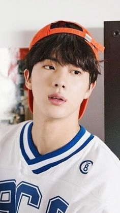 Hate me or like me? [BTS X READER] - Chapter 23 - Well…there are difficult moments when you move from your country to anothe - Jimin, Suga Rap, Bts Jin, Yoonmin, Seokjin, Foto Bts, K Pop, Jin Kim, Les Bts