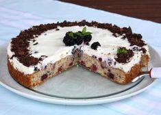 Výborná jednoduchá tortička s kokosom, orechami a ovocím, vhodná aj pre… Tiramisu, Paleo, Pudding, Ethnic Recipes, Food, Custard Pudding, Essen, Beach Wrap, Puddings