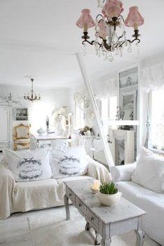 Wohnzimmer im Shabby Chic Stil - noch mehr Ideen auf www.gofeminin.de/wohnen/shabby-chic-selber-machen-s1328775.html