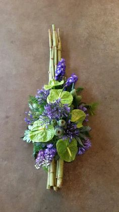 Funeral Floral Arrangements, Beautiful Flower Arrangements, Beautiful Flowers, Funeral Bouquet, Funeral Flowers, Deco Floral, Arte Floral, Grave Decorations, Flower Decorations