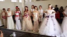Third year students had the task to make a wedding dress in 4 Days without a pattern and according to the theme, Floral Opulence. A very challenging assignme. Bridesmaid Dresses, Prom Dresses, Formal Dresses, Wedding Dresses, Northwest School, Fashion Tv, Fashion Design, Making A Wedding Dress, Learning Time