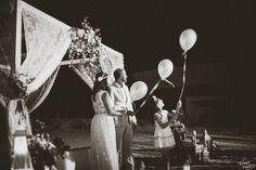 Deseos volando al cielo  #bodas2016 #bodasconestilo #foto #novio #novia #novios #pareja #boda #momentos #valencia #alicante #fotografo #fotografodebodas #bodas #sollana #sueca #tocados #photography #weddingphoto #groom #bride #wedding #photo #photografer #love #TomasSantosFotografo #bodasvalencia