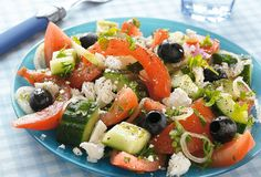 Recept voor Komkommer in dilleroom Fruit Salad, Cobb Salad, Low Calorie Recipes, Healthy Recipes, Salade Caprese, Open Kitchen, Greek Recipes, Barbecue, Tapas